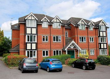 Thumbnail 2 bed flat to rent in London Road, Hemel Hempstead