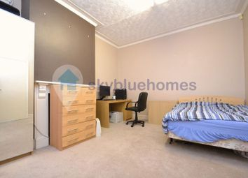 Thumbnail 6 bed terraced house to rent in Devana Road, Leicester