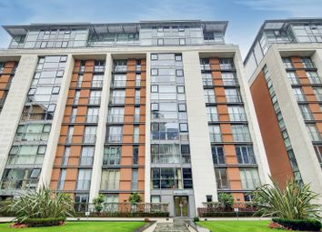 Thumbnail 1 bed flat for sale in Western Gateway, Canary Wharf, London