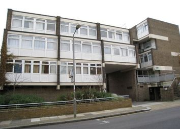 Thumbnail 5 bed flat to rent in Rayners Road, London