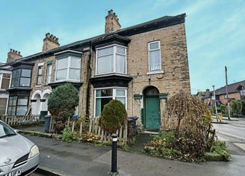 Thumbnail 6 bed terraced house for sale in Park Road, Hull