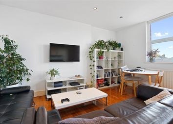 Goldhawk Road, London W12. 1 bed flat