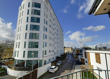 Thumbnail 1 bed flat to rent in Kew Bridge Court, Chiswick