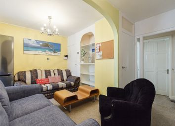 Thumbnail 6 bed terraced house to rent in Danebury Avenue, Roehampton, London