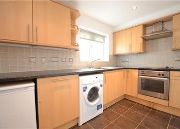 Thumbnail 2 bed flat to rent in Victoria Road, Barnet, Hertfordshire