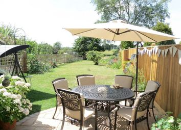 Thumbnail 2 bed cottage for sale in Bell Lane, Staplehurst, Tonbridge