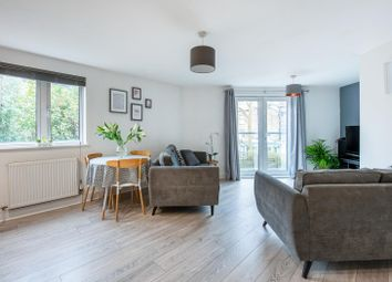 2 bed flat for sale in Stane Grove, London SW9