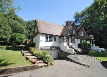 Whitepost Lane, Meopham, Gravesend DA13. 6 bed detached house