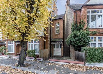 Thumbnail 3 bed flat to rent in Lonsdale Road, London