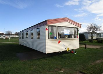 Thumbnail 3 bedroom mobile/park home for sale in Manor Road, Hunstanton