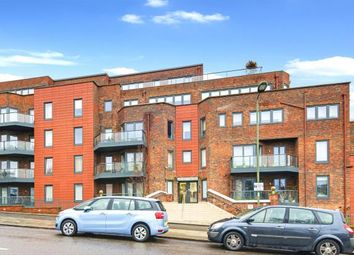 Thumbnail 2 bed flat for sale in Hodford Road, Golders Green, London