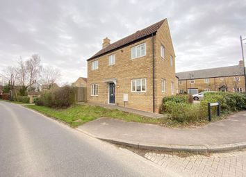 3 bed property to rent in Minot Close, Malmesbury SN16