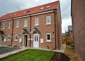 Thumbnail 3 bed town house to rent in Brunswick Crescent, Sherburn In Elmet, Leeds