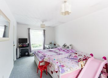 Thumbnail 1 bed flat to rent in Chigwell Lane, Loughton