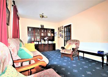 3 bed flat for sale in Diamond House, Roman Road, London E3