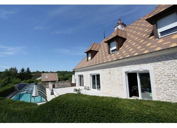 Thumbnail 4 bed property for sale in 21200, Beaune, Fr