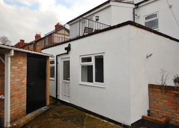 Thumbnail 2 bed flat to rent in Raymond Road, Maidenhead