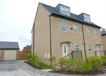 Thumbnail 4 bed town house for sale in Richmond Lane, Kingswood, Hull