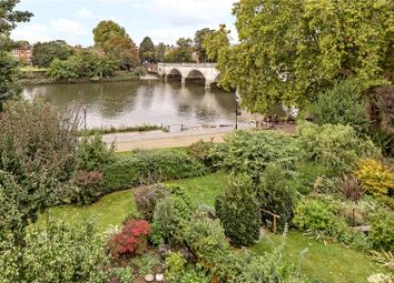 Thumbnail 3 bed mews house for sale in Northumberland Place, Richmond, Surrey