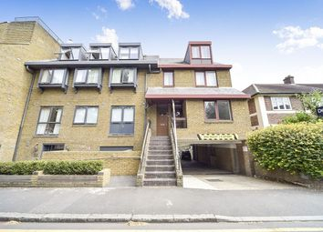 Thumbnail 2 bed flat to rent in Grove Crescent, Kingston Upon Thames