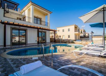 Thumbnail 3 bed villa for sale in Neo Chorio, Cyprus