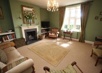 Thumbnail 2 bed cottage to rent in High Road, Manthorpe, Grantham
