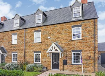 4 bed town house for sale in Flux Drive, Banbury OX15