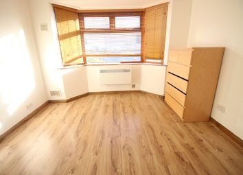 Thumbnail 2 bed flat to rent in Armytage Road, Hounslow, Middlesex