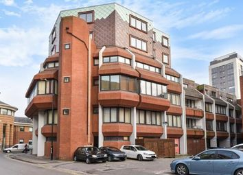 Thumbnail 2 bed flat to rent in Exchange House, Maidenhead Central