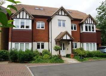 Thumbnail 3 bed flat to rent in Tilehurst RG31, Malyns Way, Berks, P1960