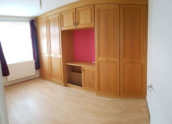 Thumbnail Room to rent in Dollis Valley Drive, London