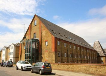 Thumbnail 1 bedroom flat for sale in Clifton Road, Gravesend, Kent