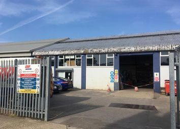 Thumbnail Warehouse to let in Unit A5, Oak Park Industrial Estate, Northarbour Road, Portsmouth, Hampshire