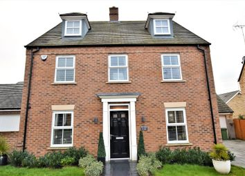 Thumbnail 5 bed detached house for sale in Raven Way, Leighton Buzzard, Bedforshire