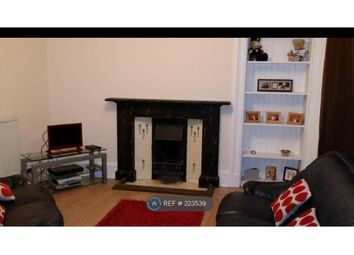Thumbnail 1 bed flat to rent in Wellgate, Lanark