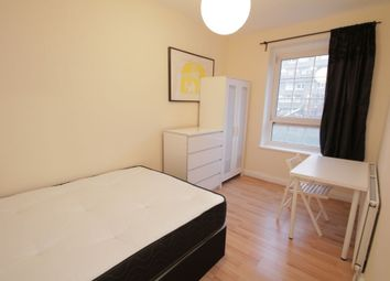 Thumbnail Room to rent in (3) Betts House, Betts Street, Shadwell