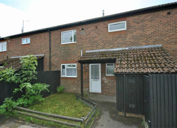 Thumbnail 2 bed flat for sale in Barnes Close, Faversham