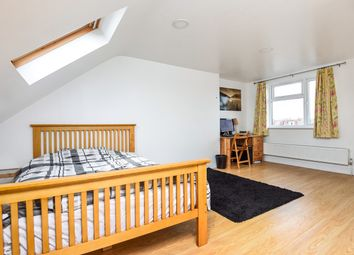 Thumbnail 5 bedroom terraced house to rent in Undine Street, London