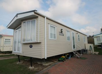 Thumbnail 2 bed property for sale in Oaklands Holiday Park, Colchester Road, Clacton-On-Sea