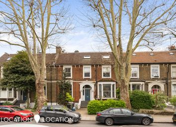 Evering Road, London E5. 2 bed flat for sale