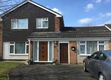 Thumbnail Studio to rent in Stanmore Crescent, Luton
