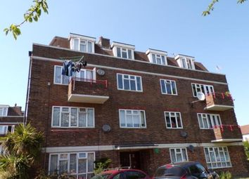 3 bed flat for sale in Durham Road, Dagenham RM10