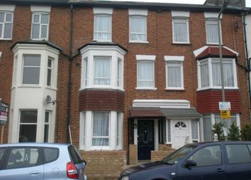 Thumbnail 1 bed flat to rent in Gruneisen Road, Finchley