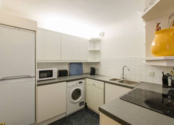Thumbnail 1 bed flat to rent in Burrells Wharf Square, Canary Wharf, London