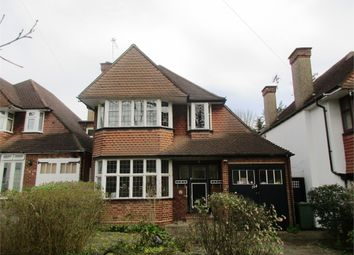 Thumbnail 3 bedroom detached house for sale in Salmon Street, London