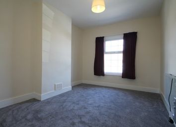 Thumbnail 3 bed maisonette to rent in Bensham Grove, Thornton Heath