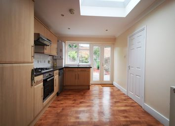 Thumbnail Cottage to rent in Green Road, London