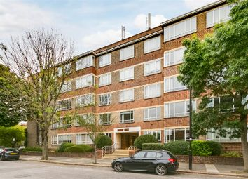 The Avenue, London W4. 3 bed flat