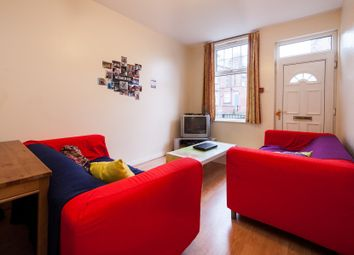Thumbnail 4 bed flat to rent in Headingley Mount, Headingley