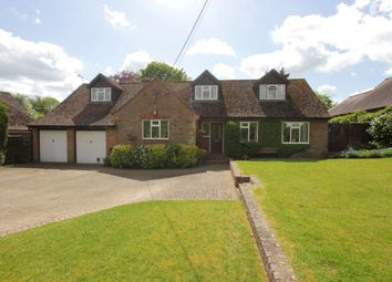 Thumbnail 5 bed detached bungalow for sale in Beckfords, Upper Basildon, Reading